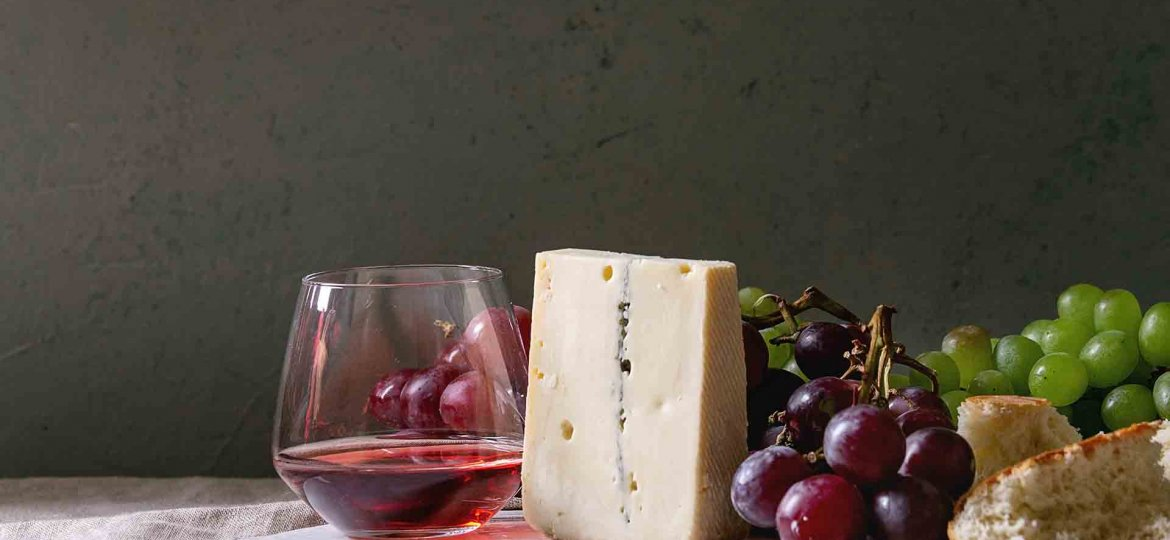 What are the best wine and cheese pairings?